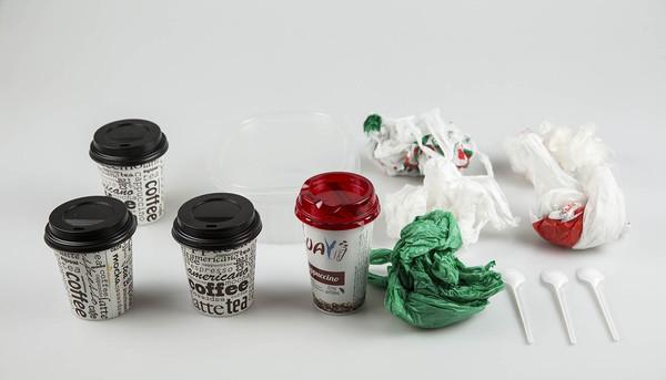 Plásticos un solo uso 3