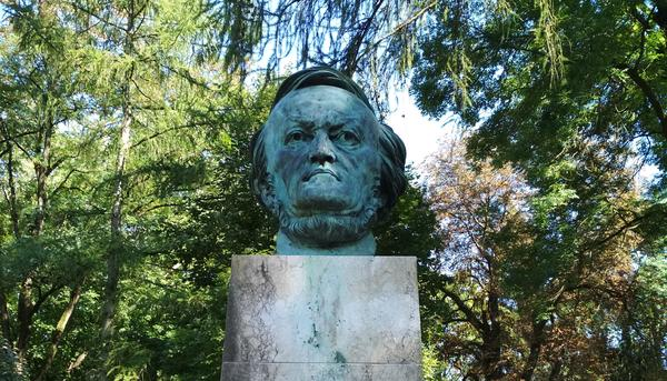 Busto Wagner