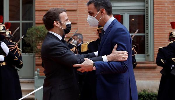 Macron y Pedro Sánchez -cumbre