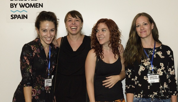 Equipo del Directed by Women Spain: a la derecha, Sara Bamba.