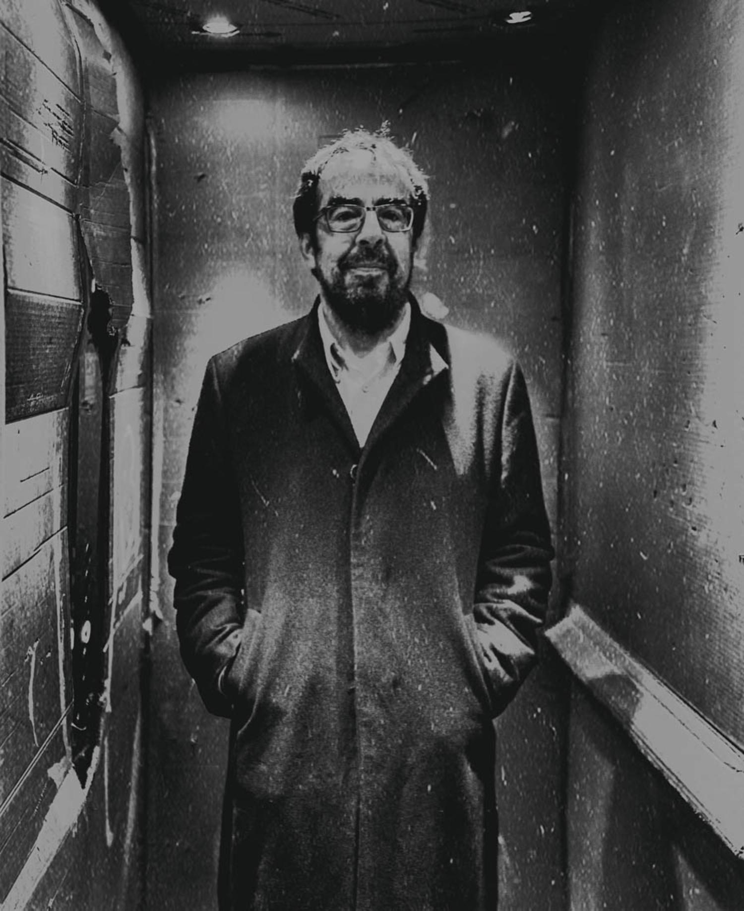 Retrato de Andoni Alonso realizado por Jone Arzoz para El Salto.