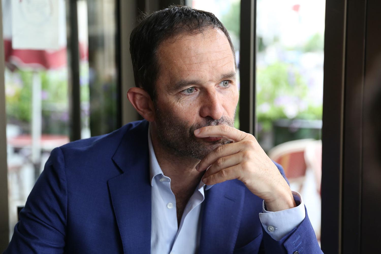 Benoît Hamon es fundador del nuevo movimiento Génération·s y socio europeo de Varoufakis