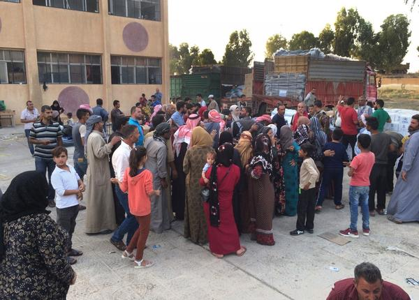 Rojava Refugiados reciben ayuda internacional 18 de octubre invasión turca