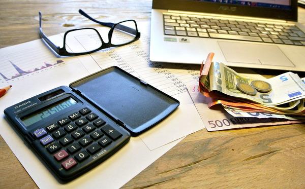 Impuestos finanzas