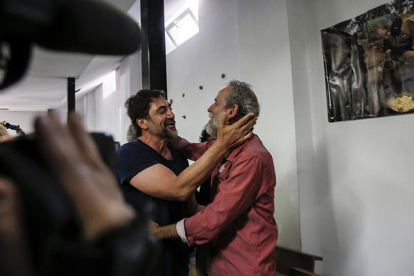 Javier Bardem y Willy Toledo en la San Carlos Borromeo