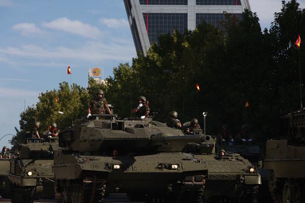 Doce de octubre tanques