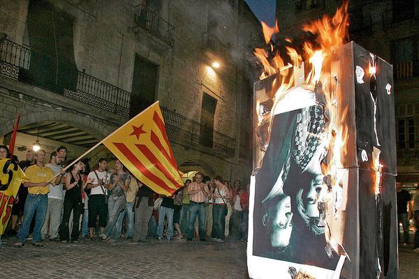 Quema Imagen Rey Girona