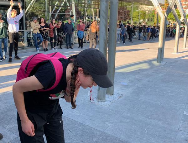 Herida manifestación contra Vox en Bilbao