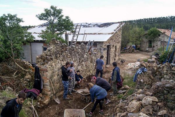 Rehabilitación de viviendas en el pueblo de Fraguas