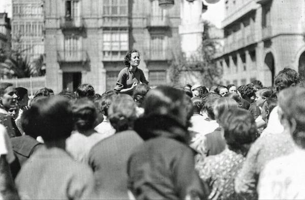Manifestación del Día de la Mujer Trabajadora, el 8 de marzo de 1936 en Zaragoza. /Fuente: Zero Grados