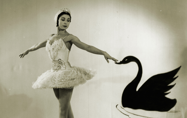 Margot Fonteyn-01