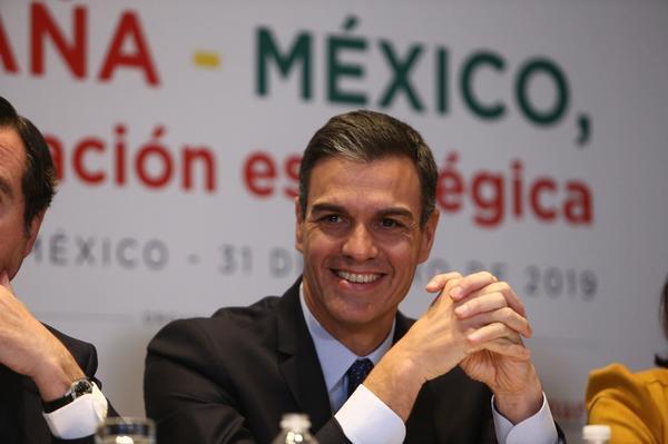 El presidente del Gobierno, Pedro Sánchez, en un desayuno de trabajo en México con empresarios españoles