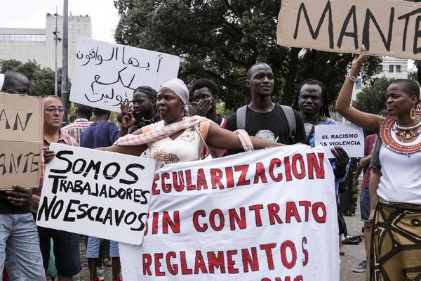 Concentración Barcelona Manteros contra la criminalización del colectivo