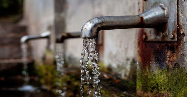 Grifo agua recurso