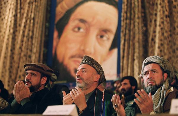 Guerra de Afganistán 5 -karzai